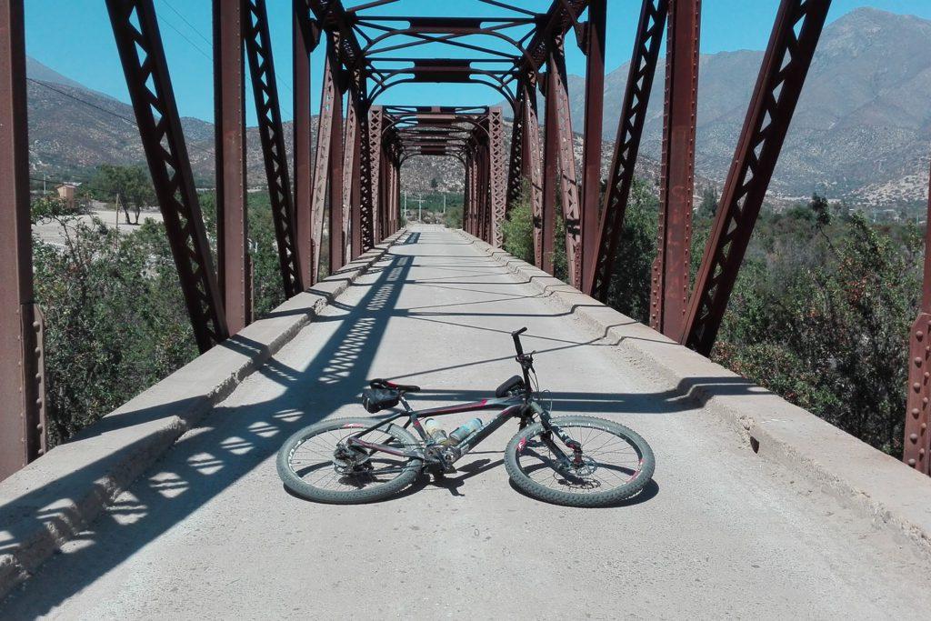 Brücke bei Tilama