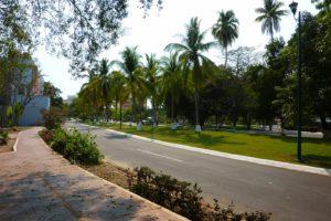 Straßenzug in Ixtapa