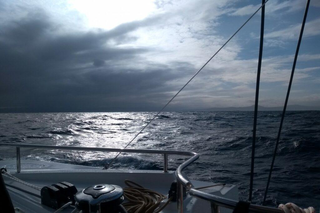 Biskaya. Der Sturm bleibt hinter uns