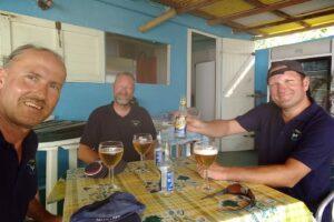 Das erste Bier nach der Ankunft